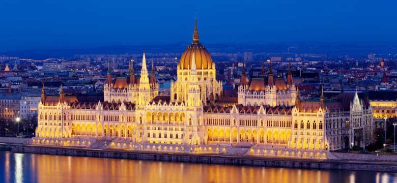 Budapeşte Uçak Bileti