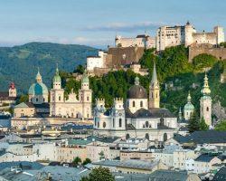 Salzburg Uçak Bileti