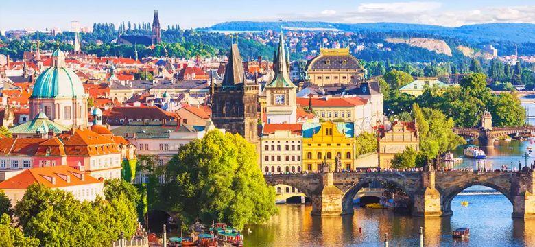 İstanbul Prag Uçak Bileti