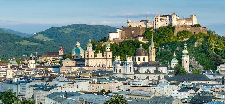 İstanbul Salzburg Uçak Bileti